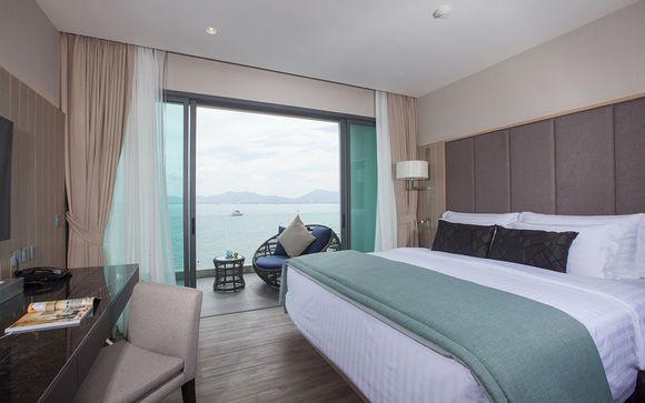 Ihr Zimmer Mit Meerblick Ist Mit Einem Balkon Mit Einer Einladenden Liege  Ausgestattet, Wo Sie Stundenlang Die Beeindruckende Aussicht ...