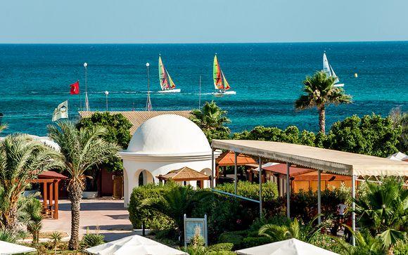 Delfino Beach Resort & Spa 4*
