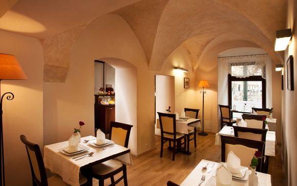 Santi Hotel 4*