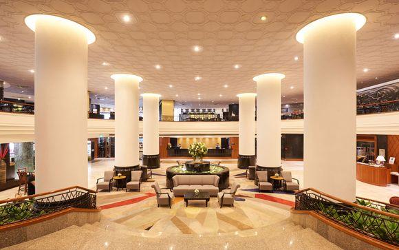 Narai Hotel 4*