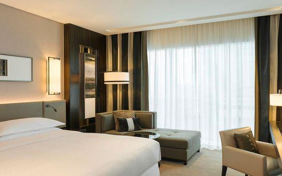 Sheraton Grand Hotel 5*