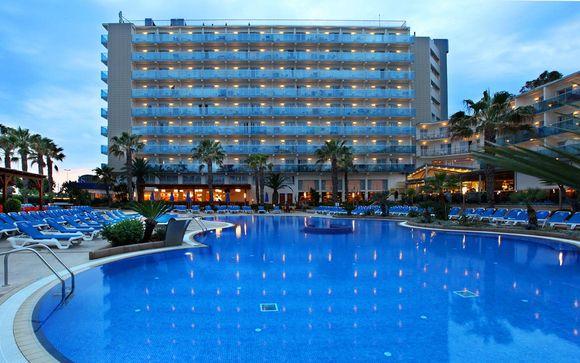 Pineda de Mar Golden Taurus Park Resort 4*