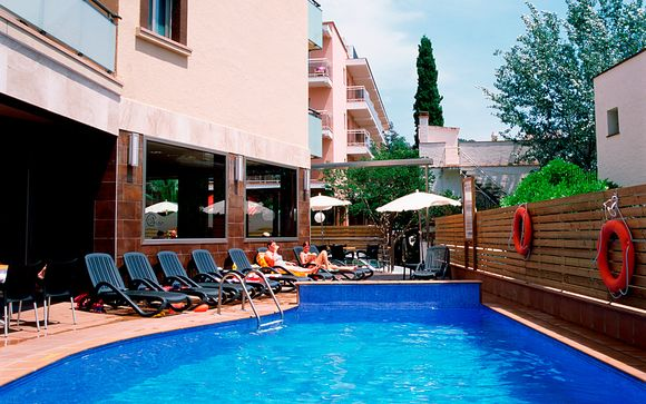Hotel Tossa Beach Center 4*