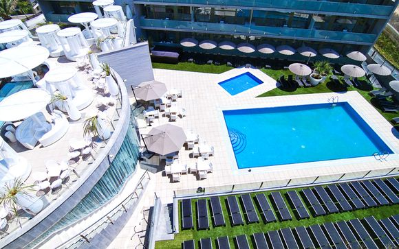 Aparthotel Four Elements Suites 4*