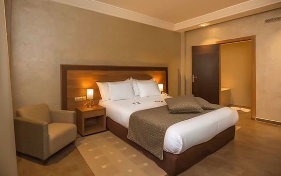 Dellarosa Hotel Suites & Spa 4*