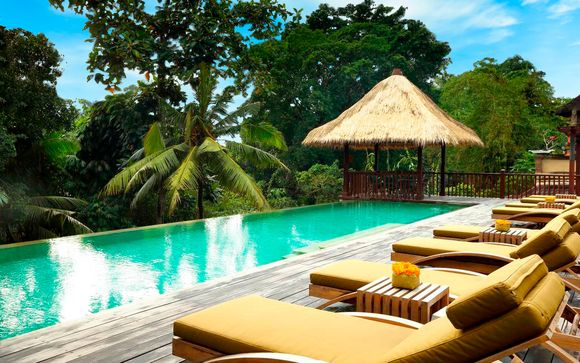 Alaya Jembawan 4*, Lembongan Beach 4* y The Club Villas 5*
