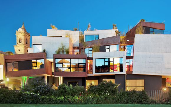 Diseño y sofisticación con cata de vino en la Rioja Alavesa