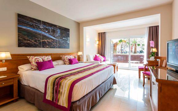 Complejo Grand Palladium Palace Ibiza & White Island Ibiza Resort & Spa 5*