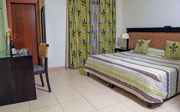 LABRANDA Rocca Nettuno Suites 4*
