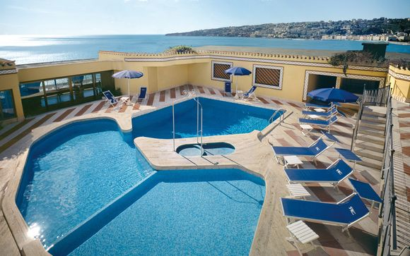 Hotel Royal Continental 4*