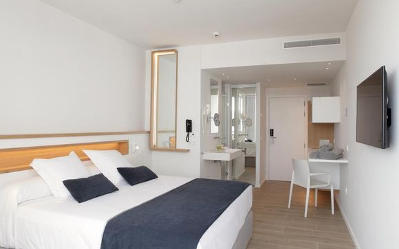 Hotel Ánfora Ibiza 4*