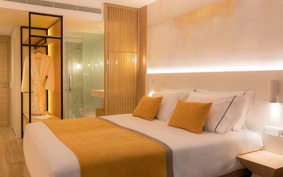L'Azure Hotel 4* S