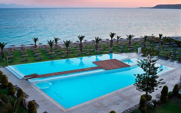 Frente a la playa y con vistas la mar Egeo