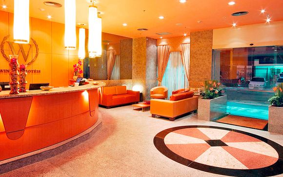 Hotel Windsor Plaza 4*