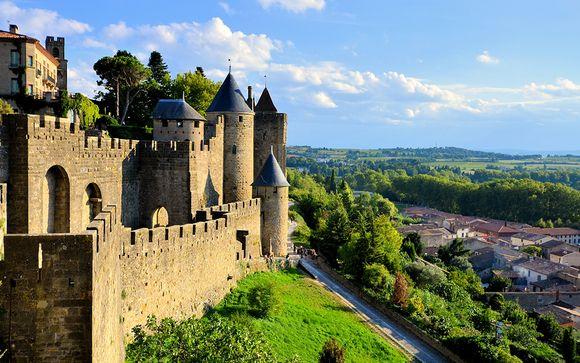 Elegancia y confort con vistas a la ciudad medieval