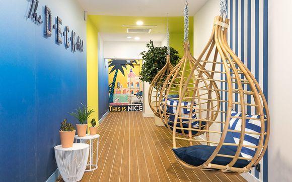 Tonos de azul y bienestar en la Riviera Francesa