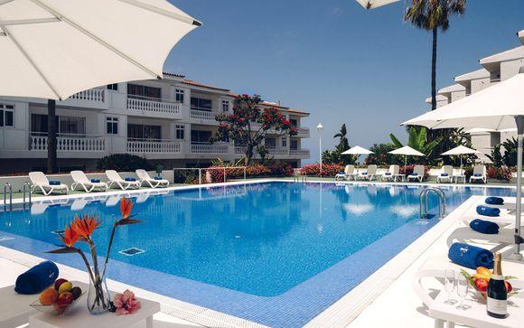 Un hotel acogedor con vistas al mar