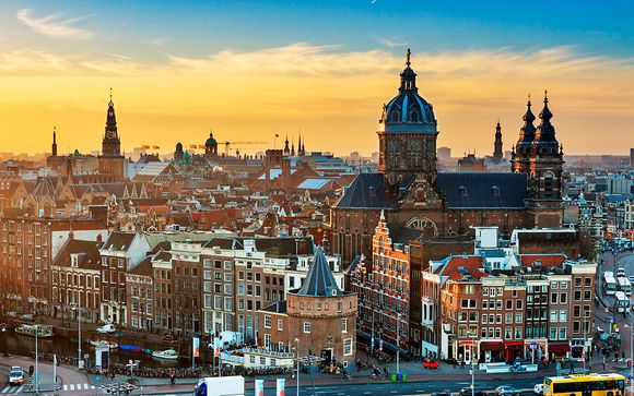 Bilderberg Parkhotel 4* y NH Amsterdam Zuid 4*