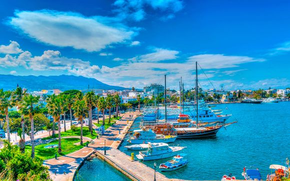 Hotel Blue Lagoon City 4*