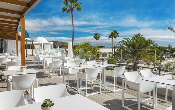 Poussez les portes de l'hôtel Elba Premium Suites 4*