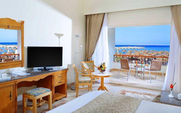 Poussez les portes de l'hôtel Dana Beach Resort 5*