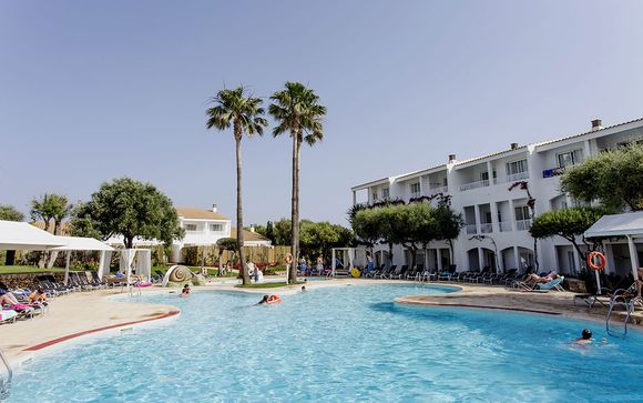 Poussez les portes de votre hôtel Prinsotel La Caleta 4*