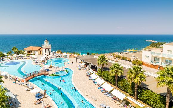 Poussez les portes de votre Sealight Resort Hotel 5*