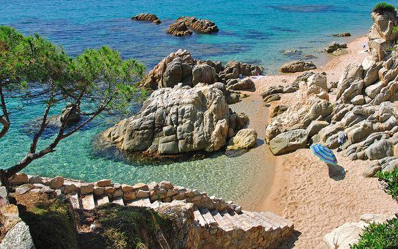 Combinaison parfaite : soleil, plage et piscine