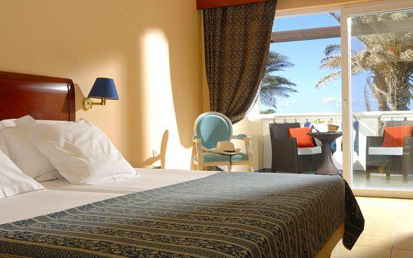 Poussez les portes du Radisson Blu Beach Resort 5*