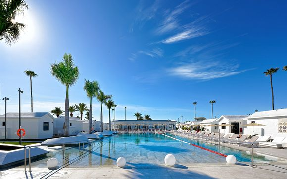 Club Maspalomas Suites & Spa 4*