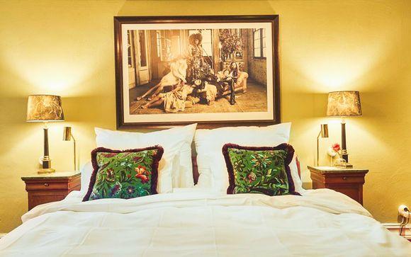MJ's Hotel 4*