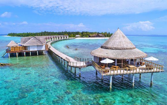 Furaveri Island Resort & Spa 4*S