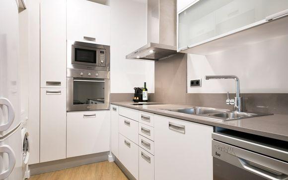 Uma Suites Luxury Midtown Apartment