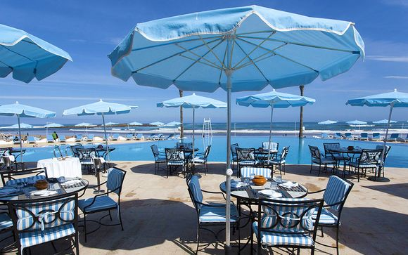 Amphitrite Palace Beach Resort 5*