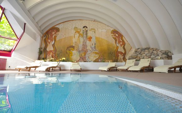 MIRA Hotel Schloss Rosenegg 4*
