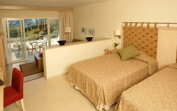 Blau Privilege Porto Petro Beach Resort & Spa 5*