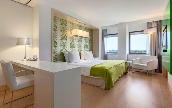 Hotel NH Amsterdam Zuid 4*