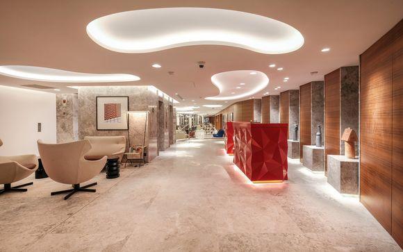 Renaissance Paris Republique Hotel 5*