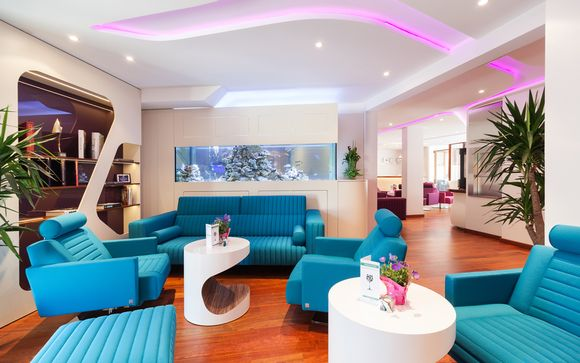 Metropolis Design Hotel 4*