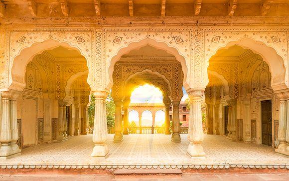 Da Delhi allo splendore di Agra e del Taj Mahal