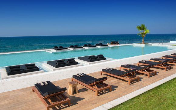 Relax in 5* con spa e piscine sul blu della Baia di Malia