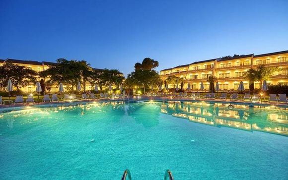 Hotel Blau Porto Petro Beach Resort & Spa 5*