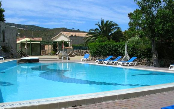 La Mandola Resort 4*