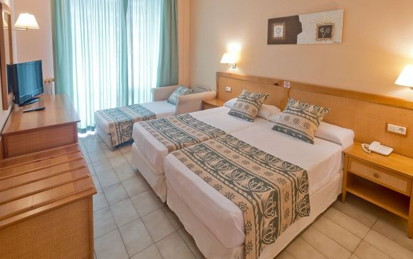 L'Hotel GHT Oasis Tossa & Spa 4*