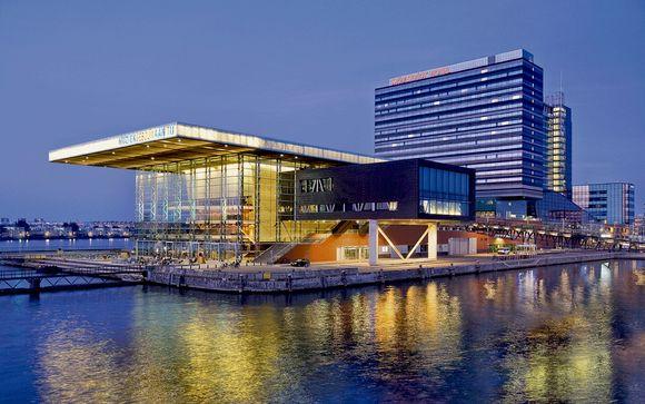 Hotel Movenpick Amsterdam City Centre 4