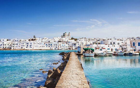 Stile mediterraneo moderno con vista sulle isole vicine