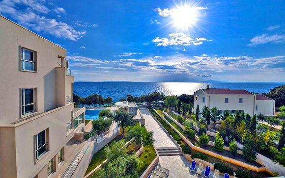 Luna Island Hotel 4*