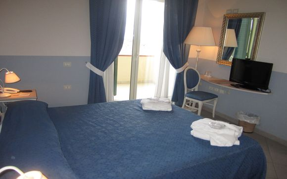 Hotel Club Parco Augusto 4*