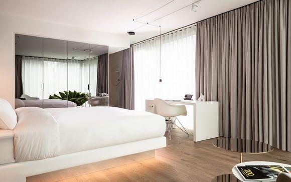 KPM Hotel & Residences 4*