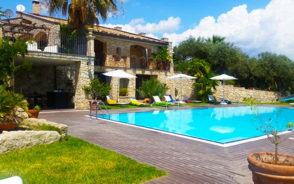 Domus Hyblaea Resort 4*